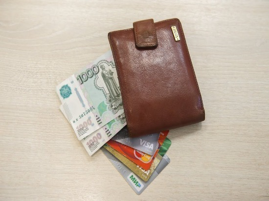 В Димитровграде 80-летняя женщина лишилась сбережений, поверив лже-соцработницам