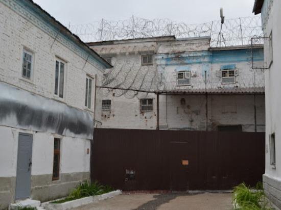 Ульяновец зарубил гостя топором и вытащил труп в подъезд