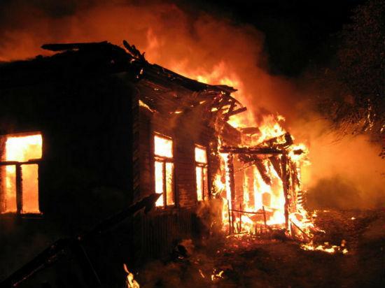 ВКемеровской области из-за пожара вТЦ введён режимЧС