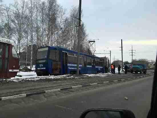 Семь трамваев сошли срельсов вУльяновске